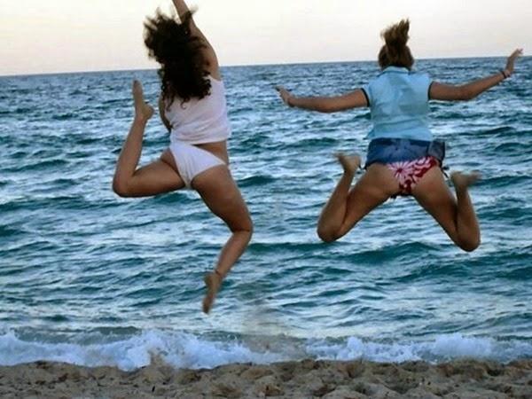 Радостные фотографии прыгающих людей и животных 0 13093c a7bf6efc orig