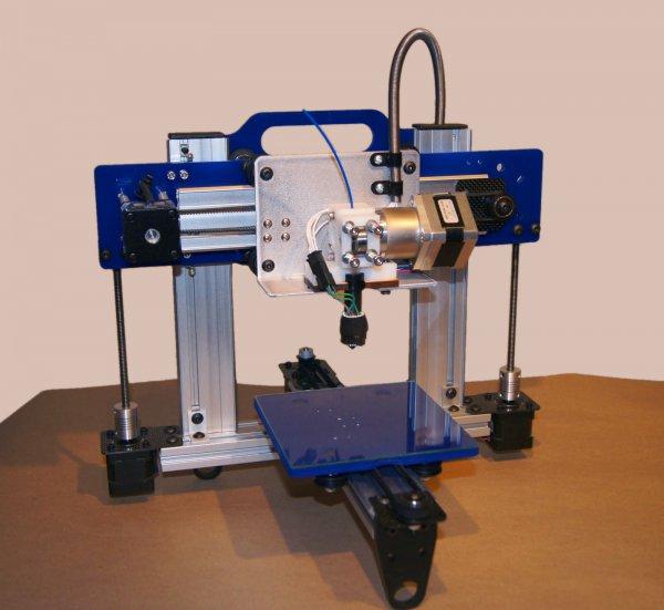 3Д принтер напечатал 3Д принтер