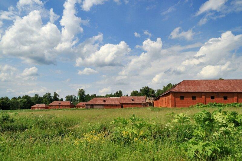 Ольгово, конторские флигели, хозяйственные постройки конного двора и конюшня