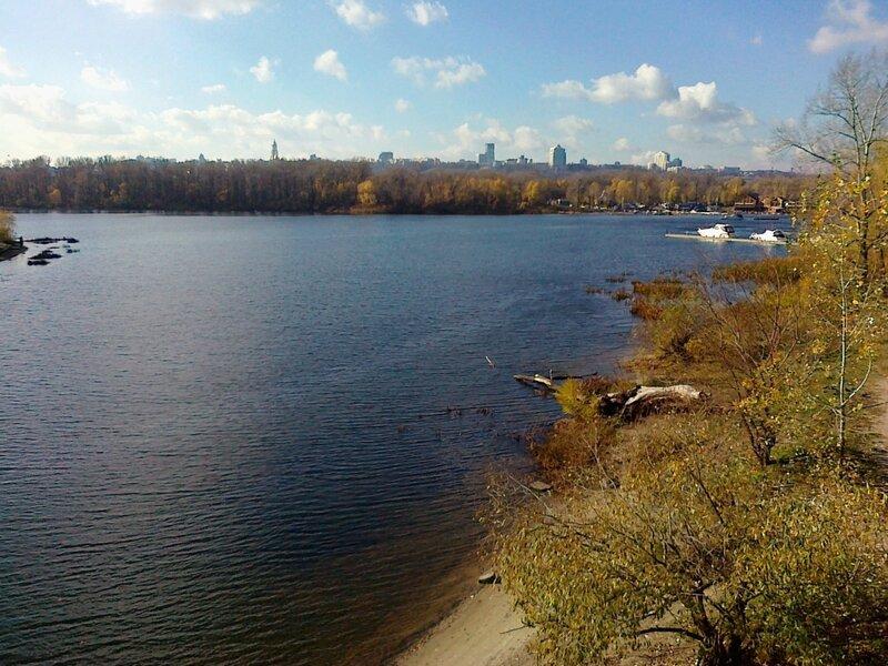 Начало Русановского канала