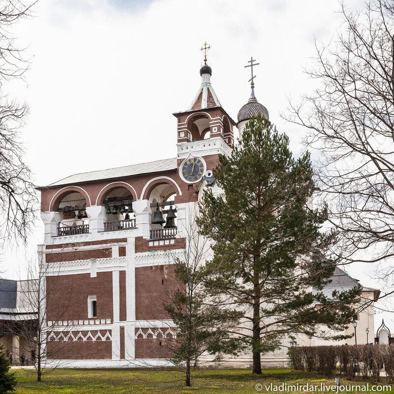 Звонница в Спасо-Евфимиевом монастыре в Суздале