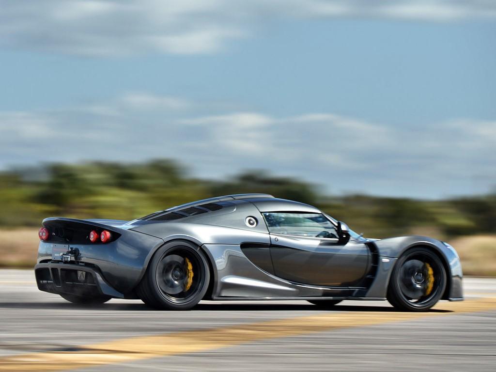 Самый быстрый серийный автомобиль в мире