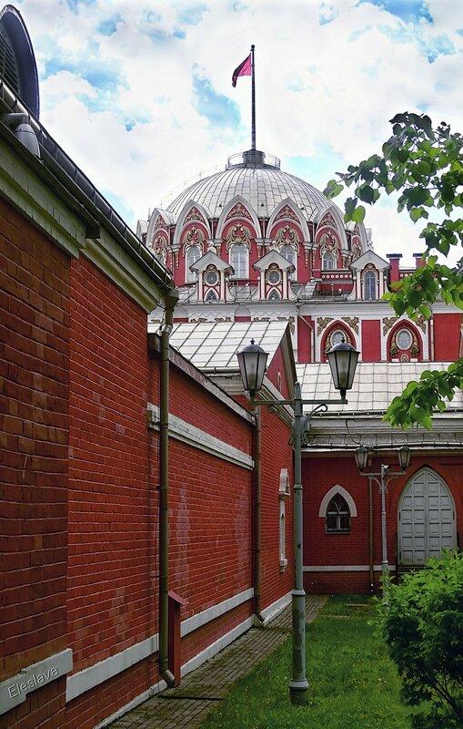 Петровский Путевой дворец. 18 век. Москва