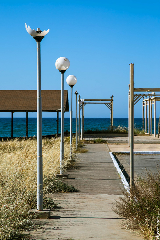 Крит заброшенная военная база