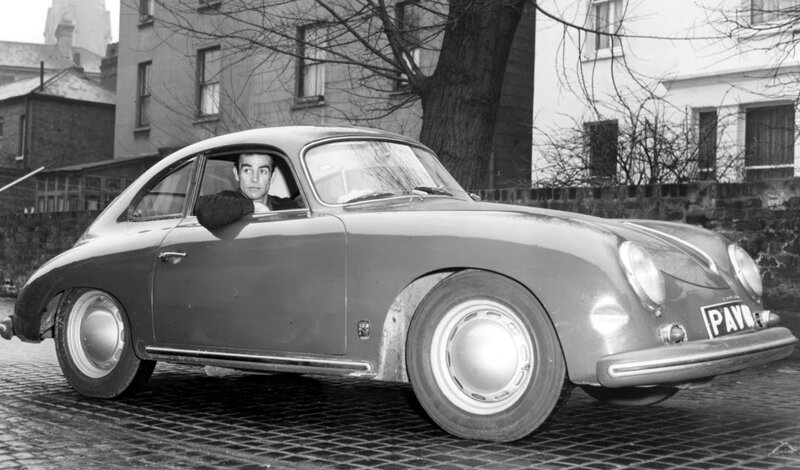 Connery and his 356 in 1964.jpg