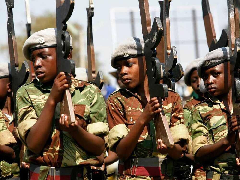 Дети солдаты - Зимбабве