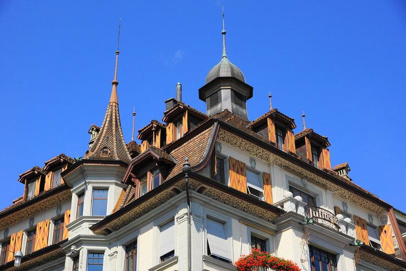 Люцерн.Фрагмент фасада