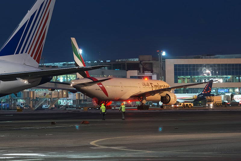 Boeing 777-31H (A6-EMV) Emirates D803605
