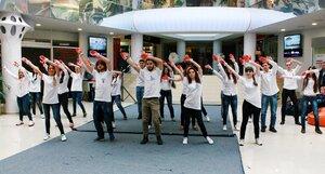 Флешмоб студентов в Молдове — Жить выбираем
