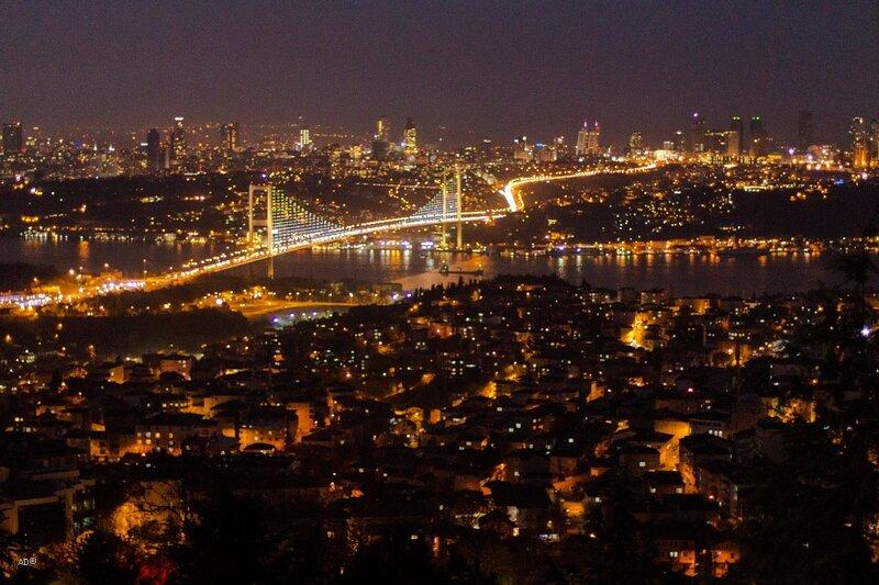 Стамбул - Обзорная площадка в Чалымджа - Ночь