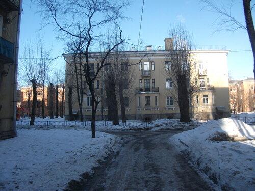 ул. Пинегина 7