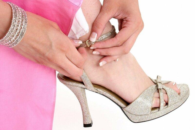 унижения женскими ножками