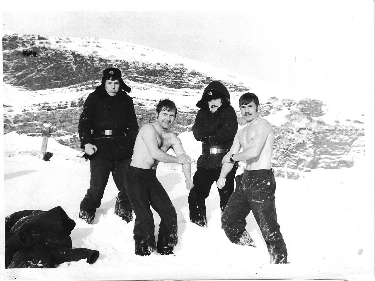 Суровая зима 80-го года на Кильдине