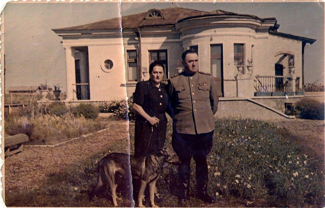Начальник Волгодонстроя генерал Раппопорт,1949