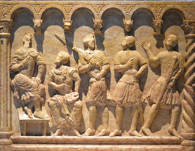 Купель 12 века из Вероны