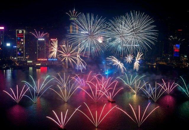 Новогодние фейерверки - 2014 год (36 фото)