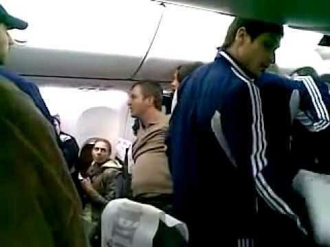 Драка в самолете Стамбул - Краснодар