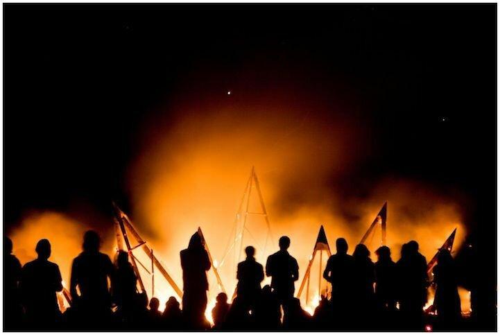 Невероятные скульптуры огненного фестиваля AfrikaBurn 2013 (24 фото)