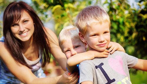 Матери быть ребенку другом или мамой