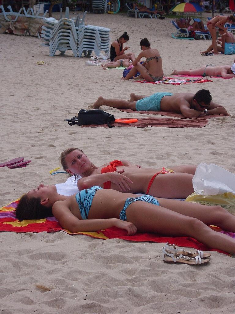 Пляж Ката на Пхукете в Таиланде - владелец фото http://www.netzim.ru/
