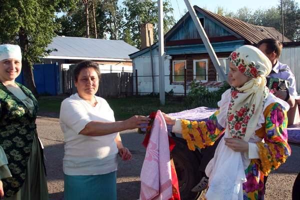 Подготовка к Сабантую – Сбор полотенец
