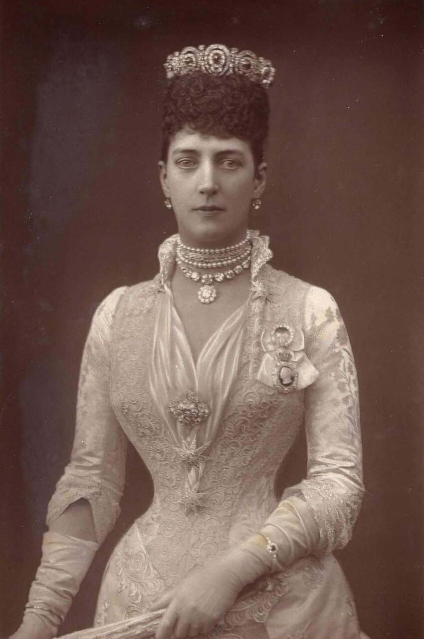Александра, принцесса Уэльская, 1844-1925. Она вышла замуж за Альберта Эдуарда, принца Уэльского в 1863 году, и стала матерью Георга V