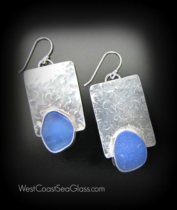 серьги из серебра со вставкой из стекла обкатанного морем