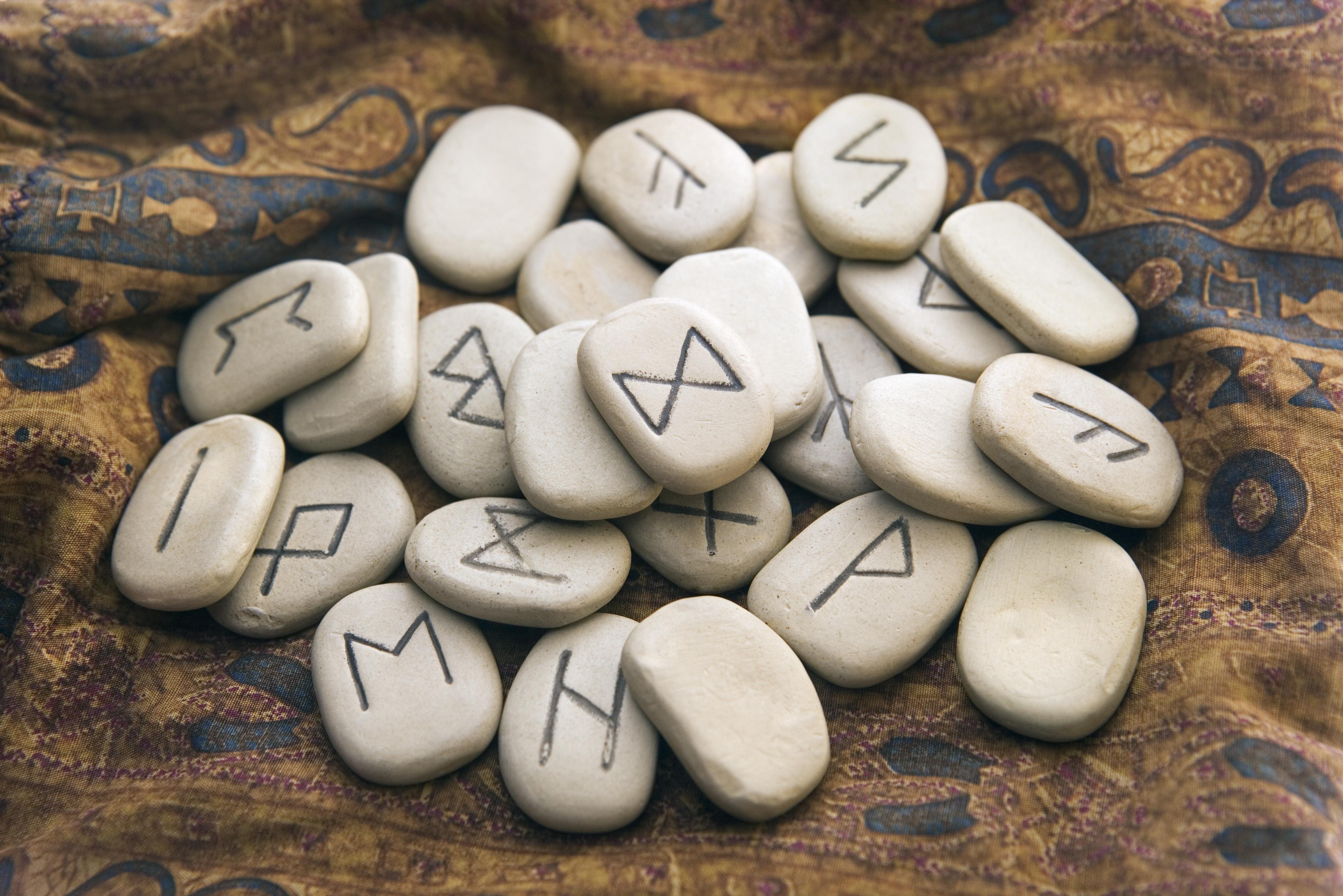 Кельтские руны гадание онлайн