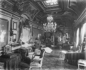 Золотой зал в итальянском посольстве.