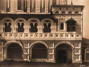 Вид на южный придел и часть паперти Борисоглебского собора. Ярославская губ.