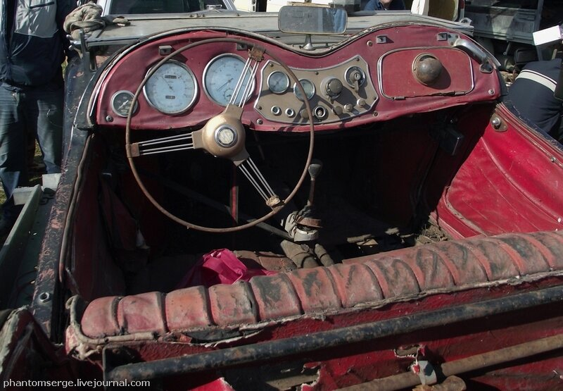 MG TD Midget (1950-1953), interior