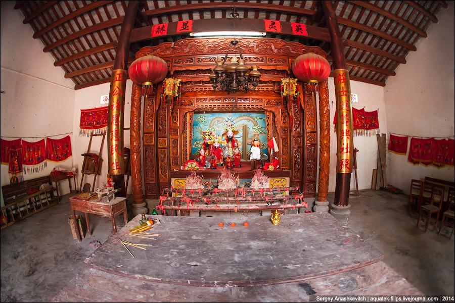 Даосский храм в китайской глубинке