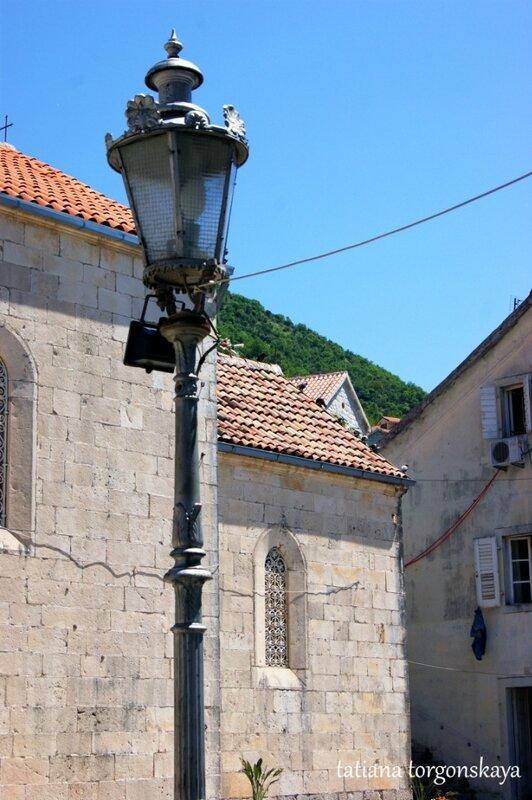 Площадь возле церкви Св. Николая