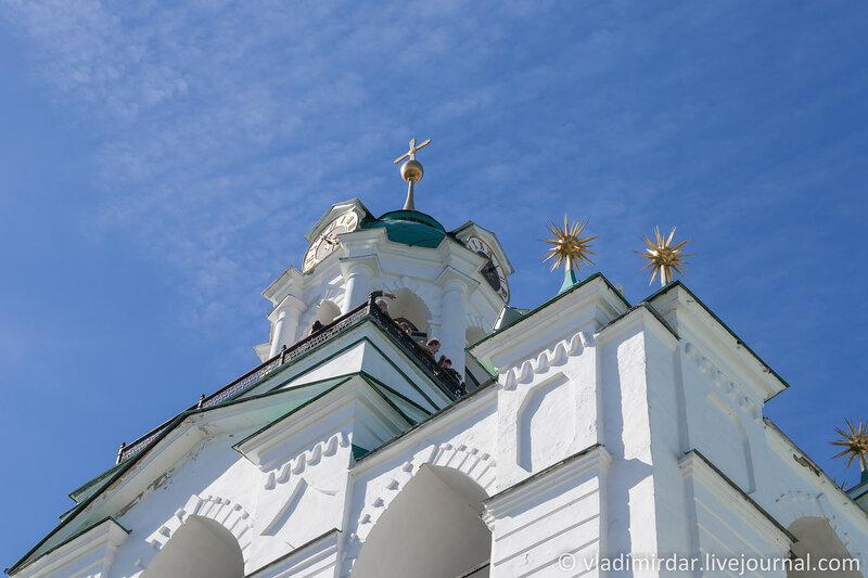 Звонница с церковью Печерской иконы Божией Матери. Спасо-Преображенский монастырь. Ярославль.