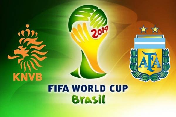 Netherlands-vs-Argentina-2014-World-Cup-Semi-Finals-Pictures