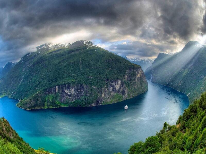 Geiranger-fjord.jpg