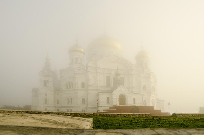 Монастырь в Белогорье