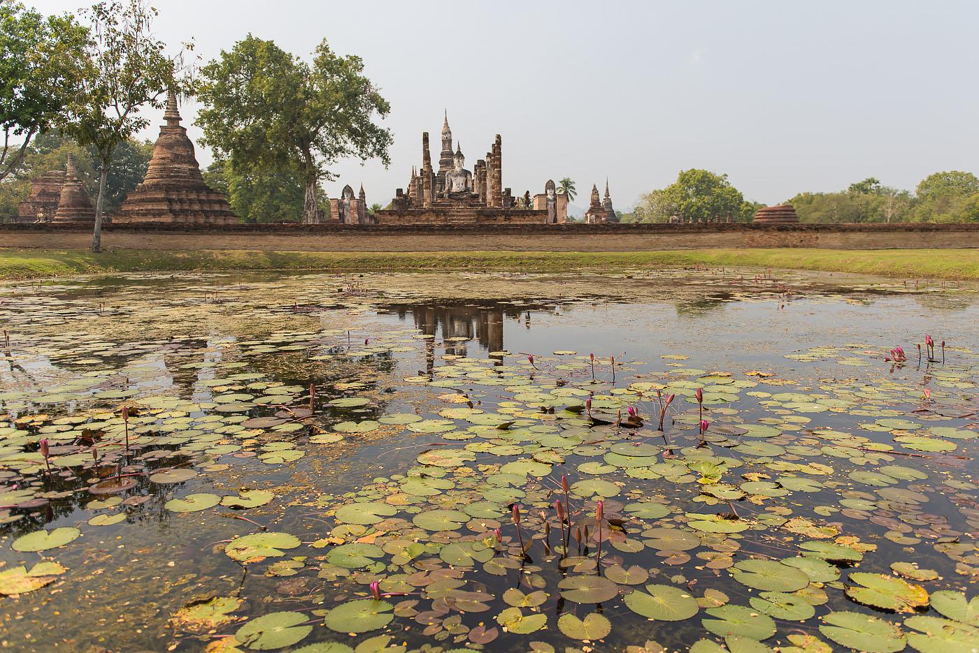 Фото 1. Красоты исторического парка Сукхотай в Таиланде. Отчет о самостоятельной экскурсии