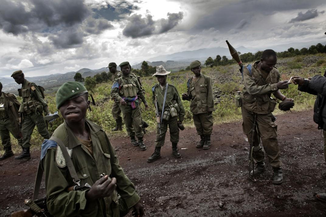 Конго - солдаты на снимках британского фотографа Marcus Bleasadale (1)