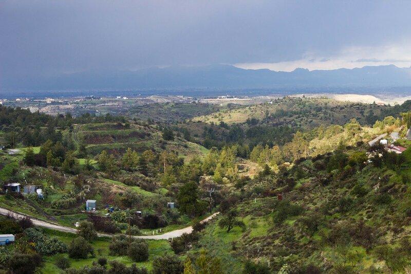 пейзаж в г. Капедес, Кипр