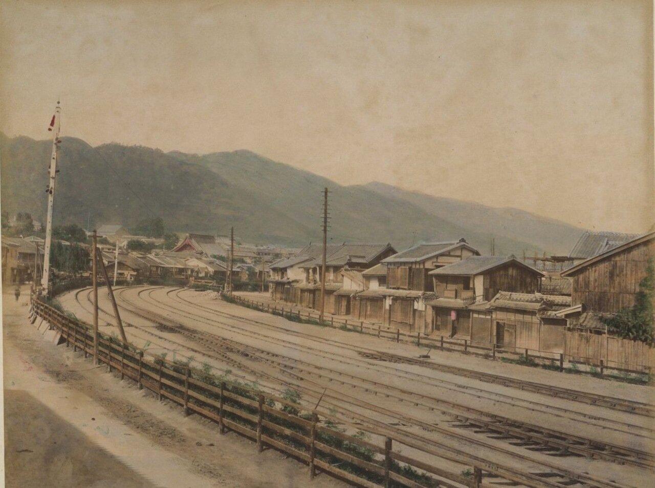 Кобо. Железная дорога