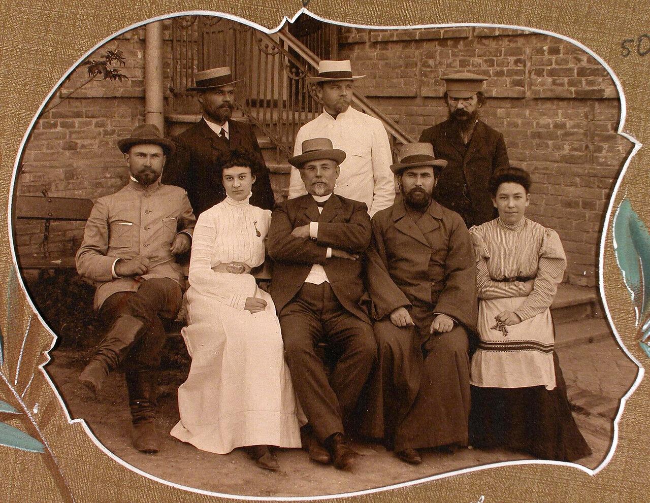 Группа хозяйственных служащих училища