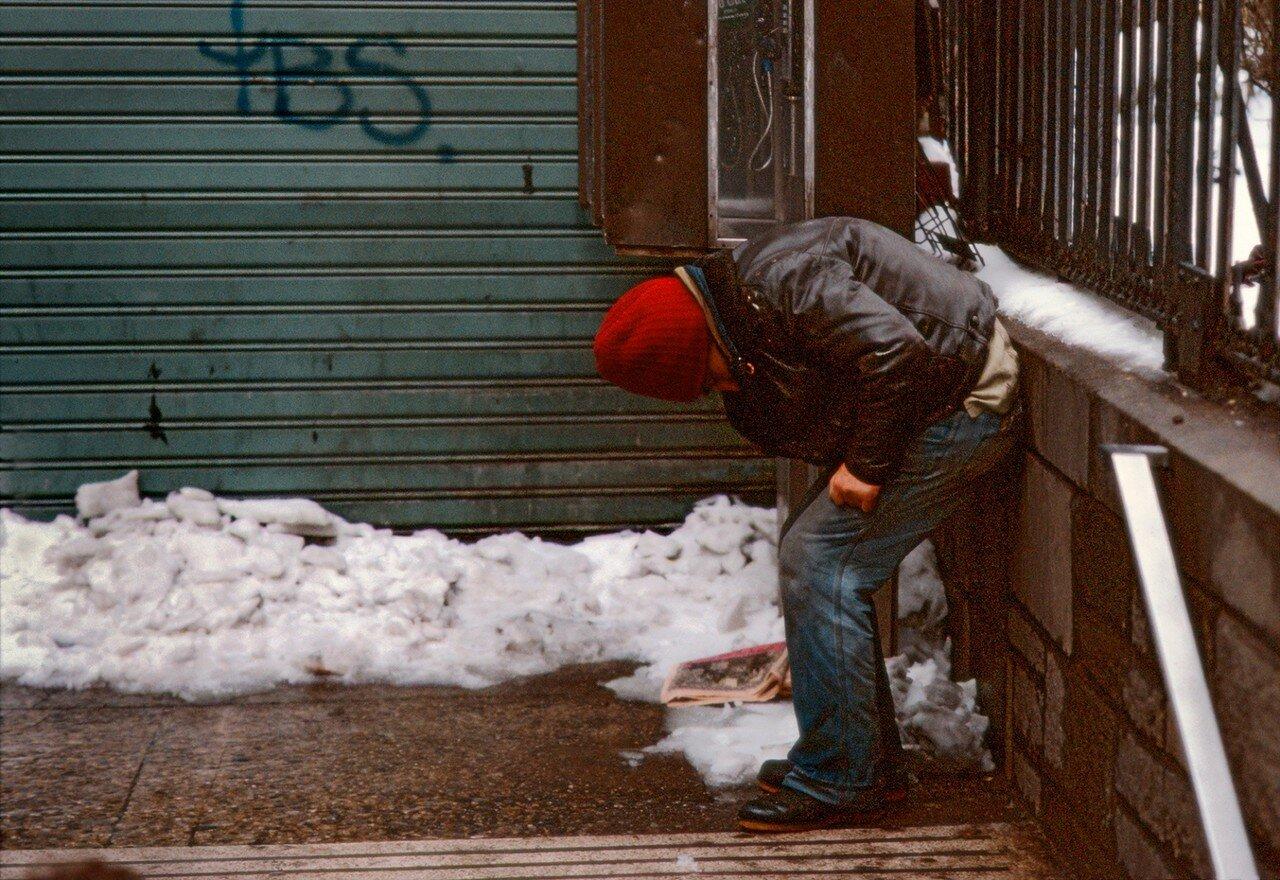 Повседневная жизнь Нью-Йорка в 1980-е на фотографиях Фрэнка Хорвата. Часть 1