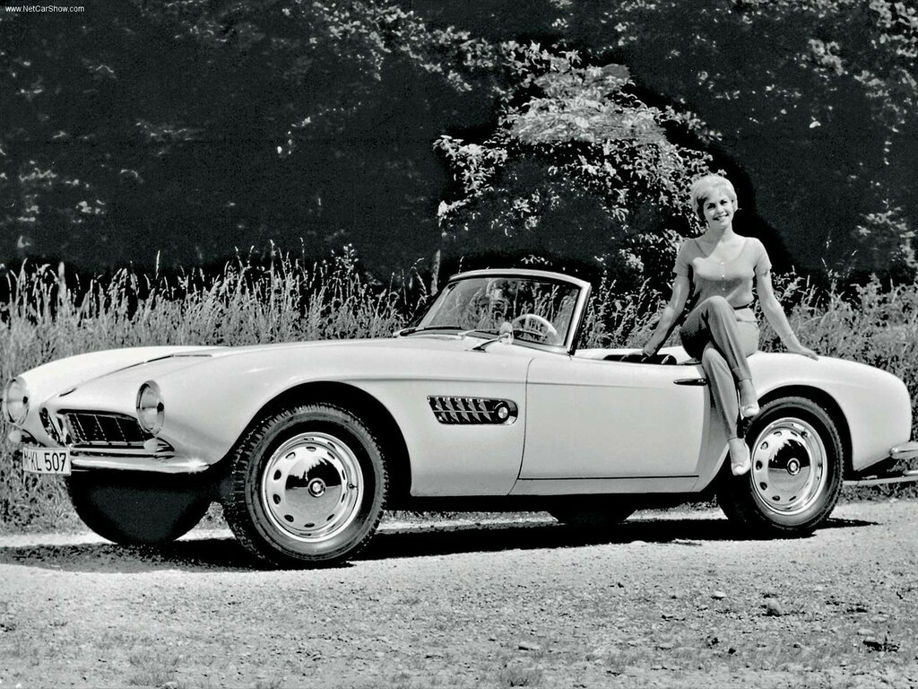 bmw_507_view_black_photo_.jpg