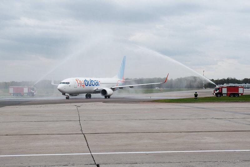 Boeing 737-8KN (A6-FEL) Flydubai D700401e