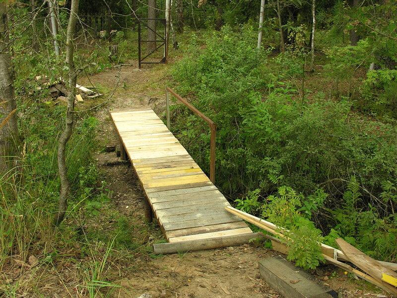 Сделать мостик через канаву своими руками