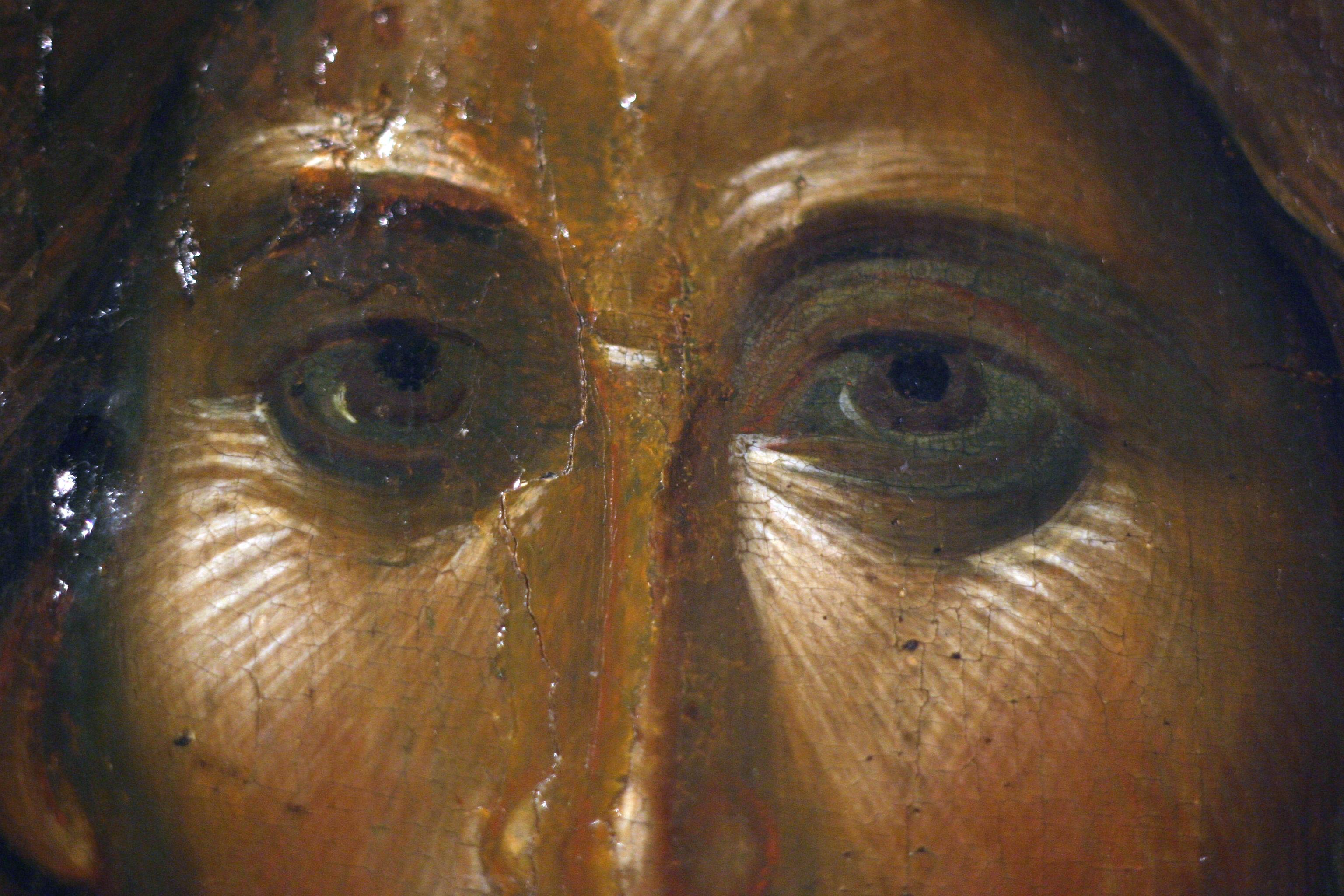 Христос Пантократор. Византийская икона. Около 1363 года. ГЭ. Фрагмент.