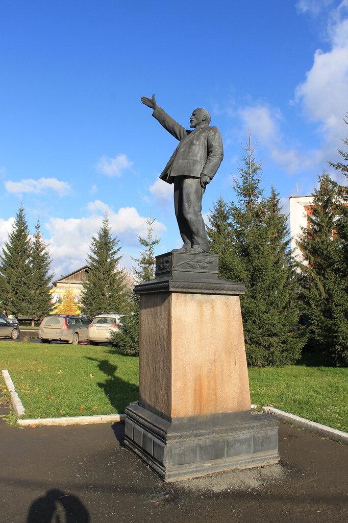 Ещё немного о памятниках Ленину.