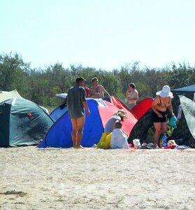 У палатки ... SAM_2360 - 01.JPG