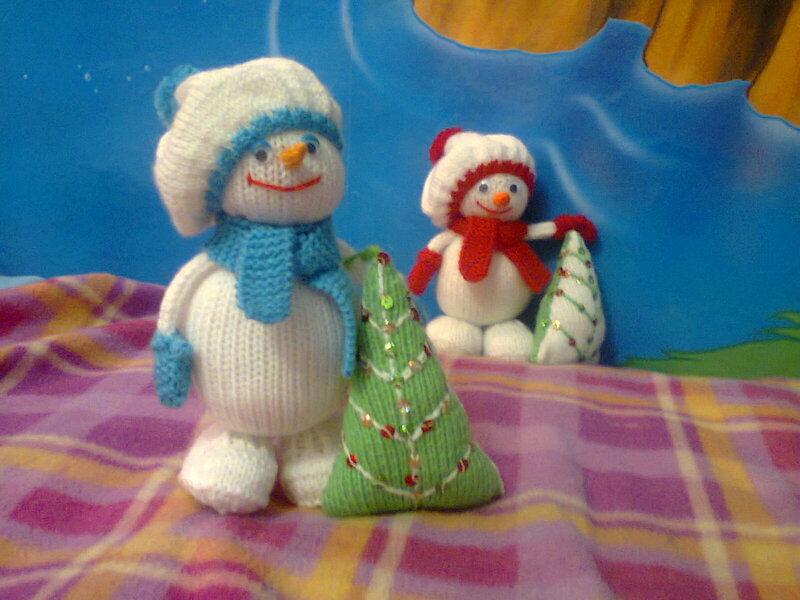 мягкая игрушка Снеговик с елочкой